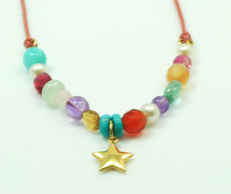 Collar multicolor estrella